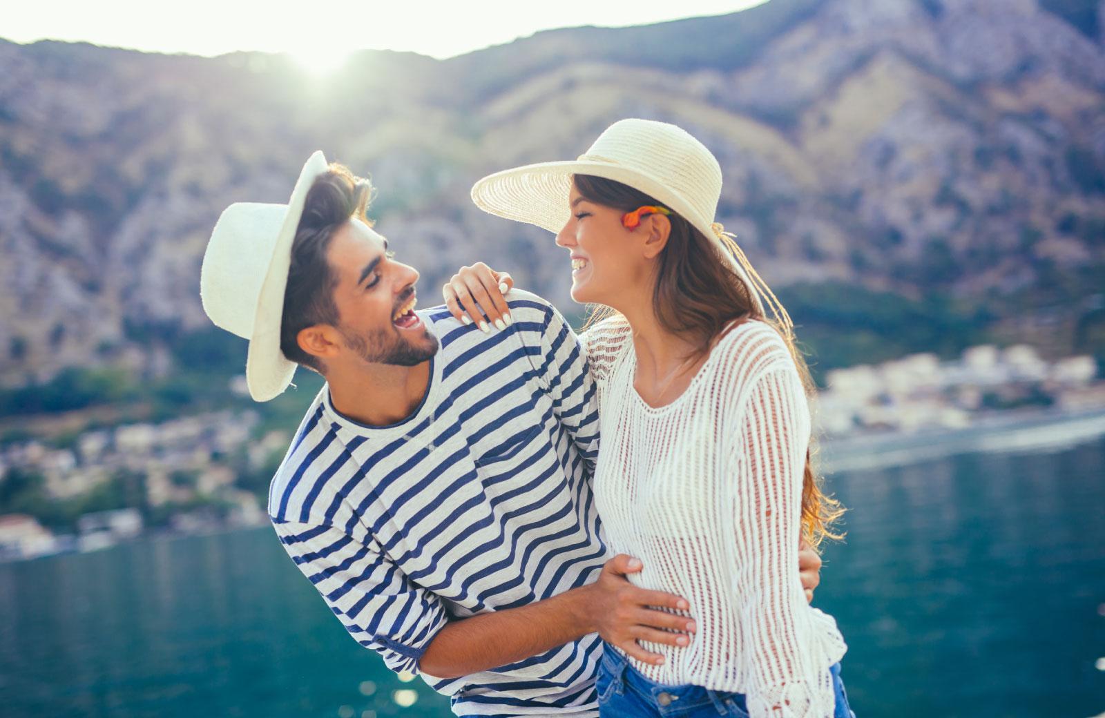 Hur man berättar om en kille dejtar någon att göra dig avundsjuk
