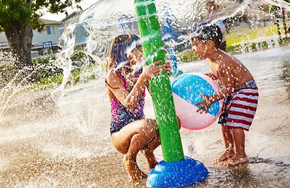 Children Enjoying Wiliwiliwai Splash Pad - Ewa Beach Hawaii - West Oahu