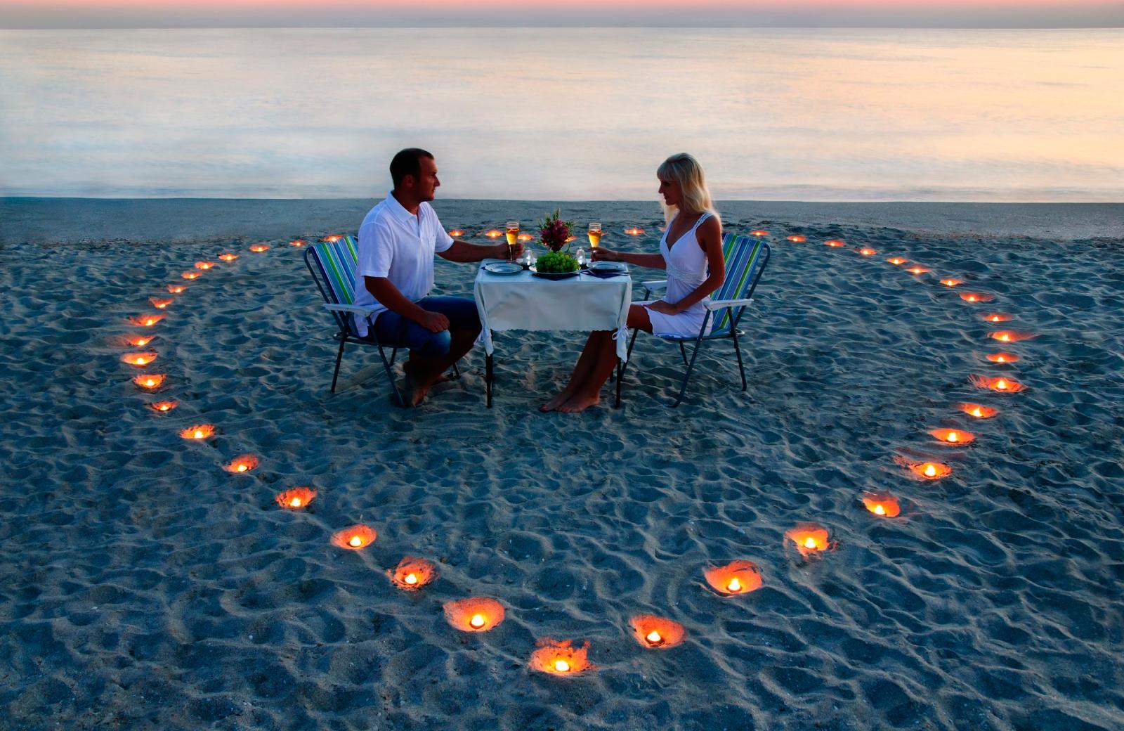 Bildresultat för valentines day love beach