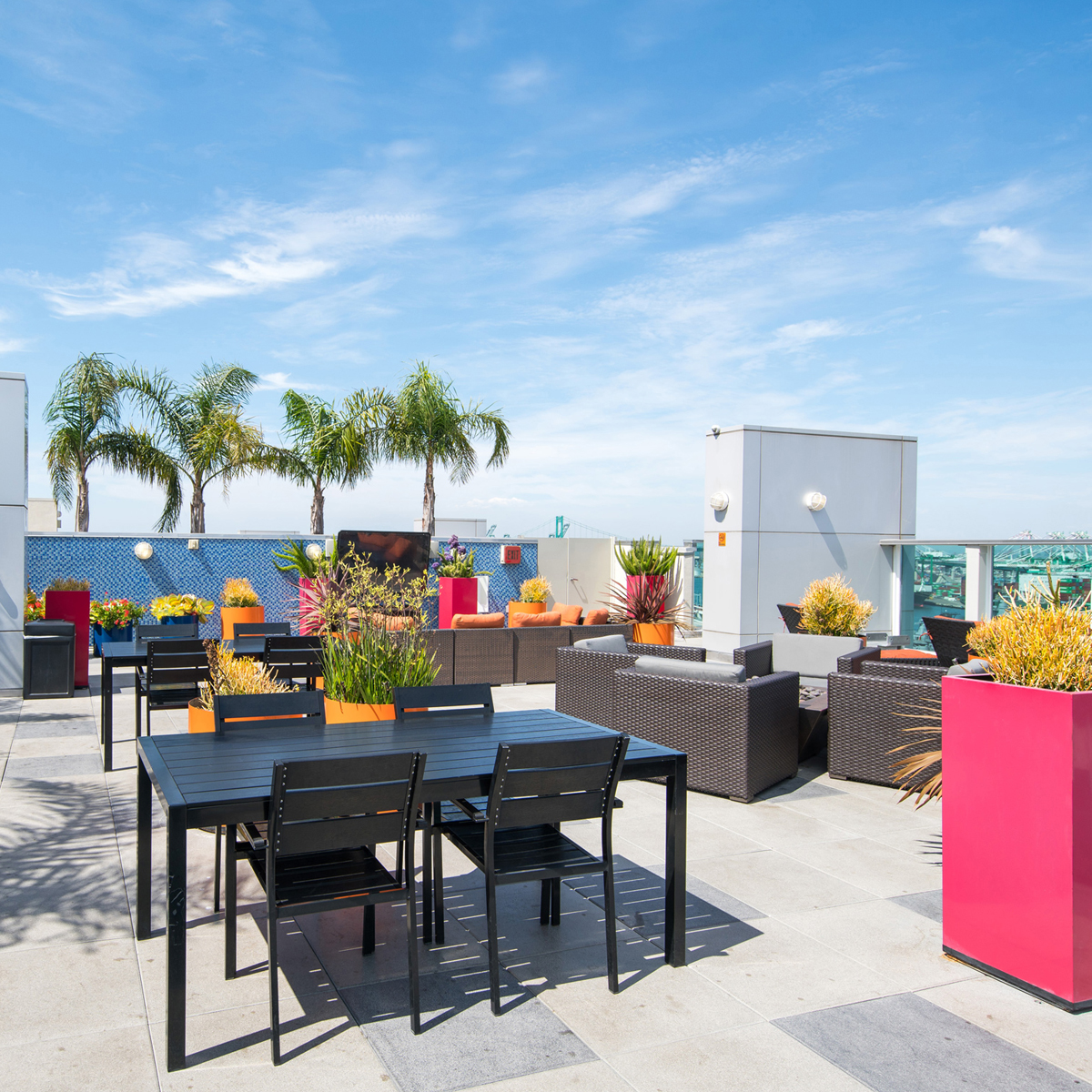 The Vue - Rooftop Lounge