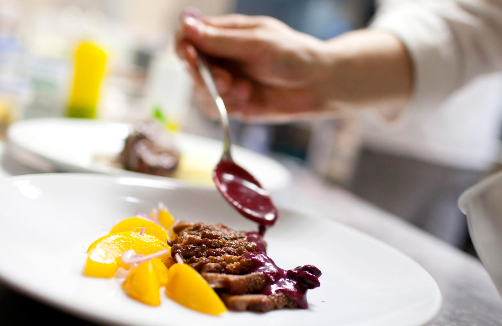 Northridge Restaurants - Alder Apts