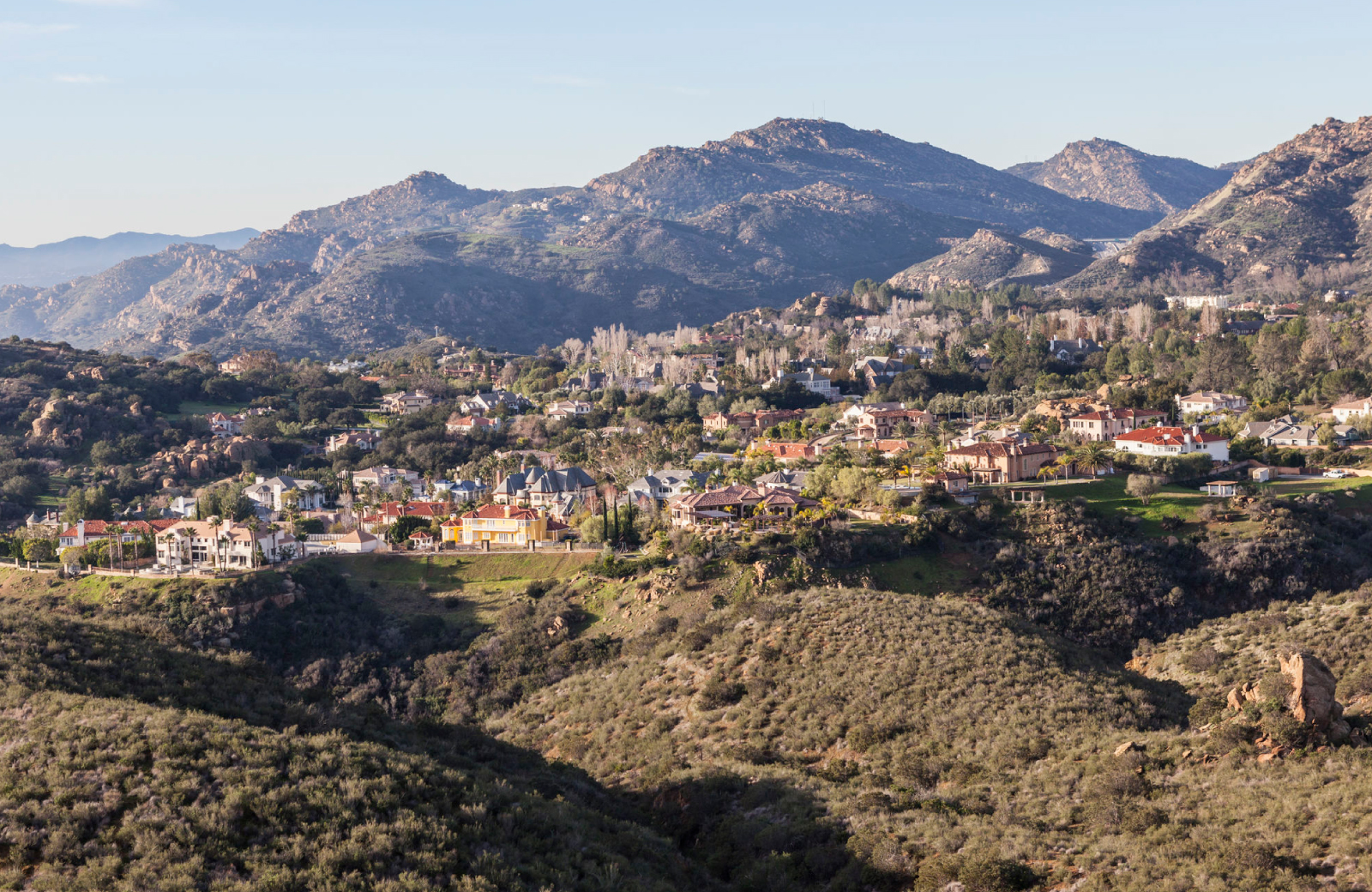 Northridge Los Angeles Mountains - Alder Apts