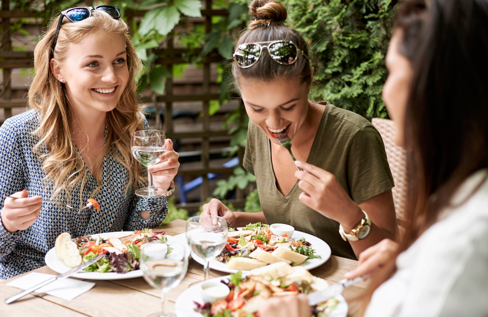 Connecticut Restaurants - The Waypointe Apts