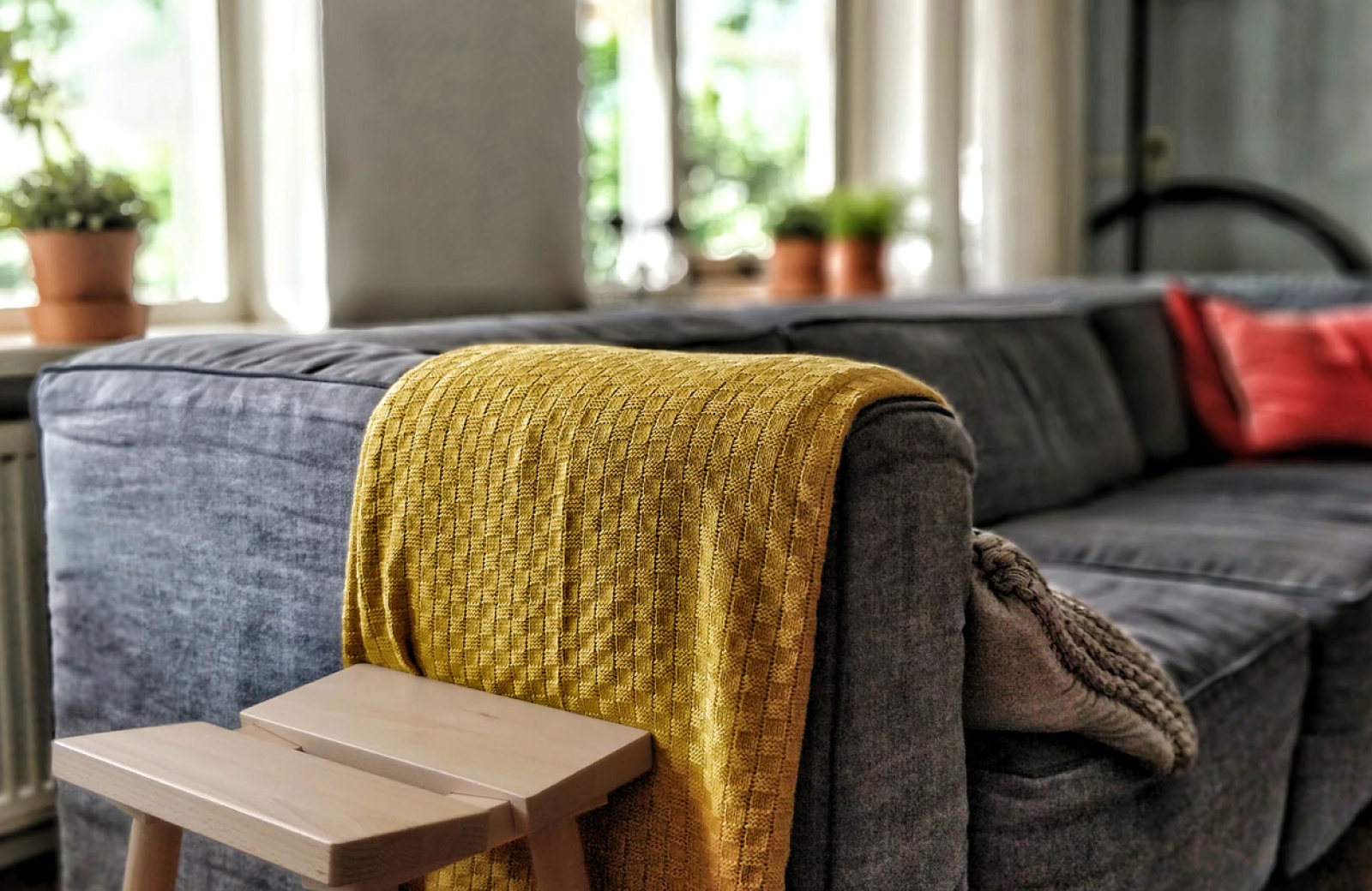 Get Cozy! Simple Tips to Make Your House Feel Homey