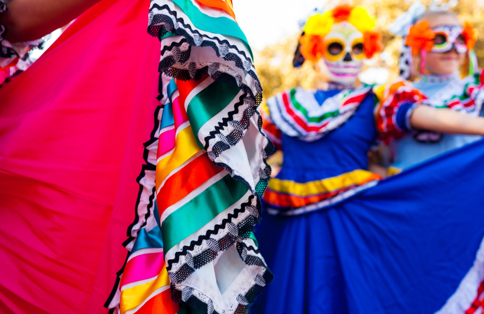 dancers in mexican costumes